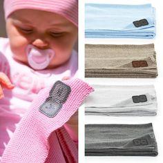 Rosa für Mädchen, blau für Jungs: Die perfekte Wahl oder geht das gar nicht? Wie ist Eure Meinung dazu? / Pink for little girls, blue for boys: perfect choice or an absolute no-go? What's your opinion? #abcdesign #abcdesign_blanket #blanket #thinkbaby #stroller #pushchair #blue #pink #instagood #happy #sweet #little #kids #baby #mom #motherlove #dad #familytime #photooftheday #babyphotooftheday