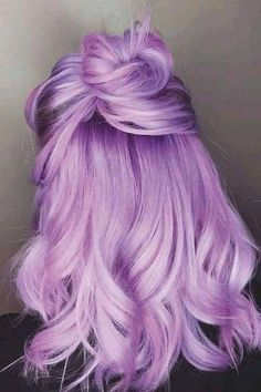 Purple Hair Streaks, Purple Hair Highlights, Light Purple Hair, Lilac Hair, Hair Color Purple, Hair Dye Colors, Bright Hair, Ombre Hair, Crazy Colour Hair Dye