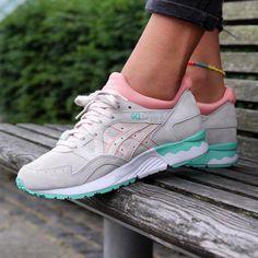 Sneakers femme - Asics Gel Lyte V Core Plus (©sapatostore)