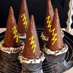 cool hat cupcakes