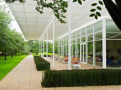 Rice University: Brochstein Pavilion