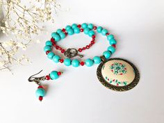 Flower Necklace, Beaded Necklace, Different Tones, Turquoise Flowers, Beautiful Family, Polymer Clay, Art Pieces, Gemstones, Embroidery