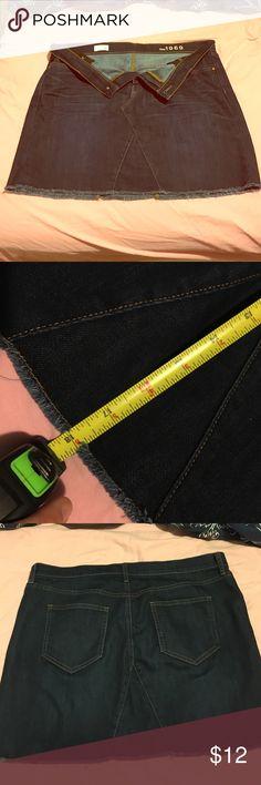 Long dress over leggings gap
