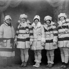Coats from Hudsons Bay Co. - those familiar stripes! Hudson Bay Blanket, Vintage Coat, Vintage Style, Vintage Fashion, Blanket Coat, Vintage Blanket, Camping Blanket, Canadian History, Coat Patterns