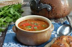 Jak się robi zupę gulasz Moscow Mule Mugs, Salsa, Tableware, Ethnic Recipes, Kitchen, Healthy Soups, Food, Cooking Food, Recipes