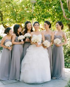 Gray bridesmaid dresses // Photo: Esther Sun Photography // such a pretty shade of grey Grey Bridesmaids, Grey Bridesmaid Dresses, Bridesmaid Flowers, Bridesmaid Pictures, Wedding Attire, Wedding Gowns, Wedding Cake, Chambelanes, Gray Weddings
