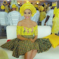 Feed your style-sense with this lovely getup. pic via @r4uchynae #weddinggueststyle #guestinspiration #welove #yellow