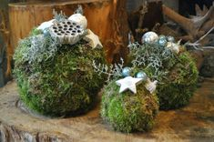 Magical Witness a Christmas coin: Festive foam balls - Home Decor Handmade Christmas Decorations, Rustic Christmas, Christmas Home, Christmas Bulbs, Christmas Crafts, Holiday Decor, Christmas Arrangements, Christmas Centerpieces, Flower Arrangements