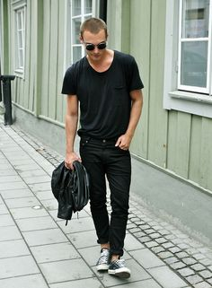 leather jacket , black solid tshirt tee , black jeans , converse , summer , spring , stage