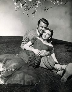 Judy Garland and Van Johnson - In the Good Old Summertime.
