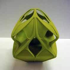 Matthew Williamson has enlisted his celebrity friends including Zaha Hadid, Gwyneth Paltrow and Mary J Blige to design Christmas tree baubles. Zaha Hadid Design, Christmas Art, Christmas Tree Ornaments, Modern Christmas, Christmas Decorations, 3d Printed Objects, Zaha Hadid Architects, 3d Prints, Gwyneth Paltrow