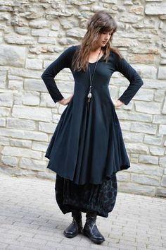 Shown w/ Positano Skirt
