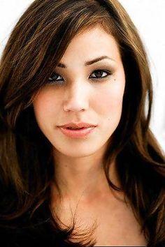 Michaela Conlin-- totally gorgeous!
