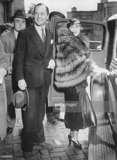 The department store heiress Barbara Hutton and her husband Kurt of Haugwitz-Hardenberg-Reventlow at their wedding in the United States. 1935.