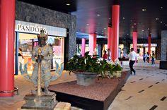 Entrance, Siam Mall, Costa Adeje, Tenerife | por tenerife holidays Travel 2017, Hard Rock Hotel, Canary Islands, Tenerife, Places Ive Been, Mall, Entrance, Bucket, Girly