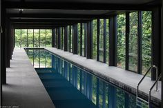 Swimming pool, Wood Marsh, Light House, Melbourne, Australia / photo by Jean-Luc Laloux