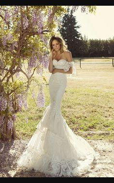 08172bb0342c Each dress SPOSA MODA is a work of art with unique designs that express  romance
