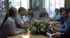 CORES DE CAMBADOS: OS MARISCADORES DA RÍA DE AROUSA NON DESCARTAN MOB...