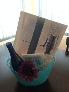 Gift Basket Gift Baskets, My Design, Gifts, Home Decor, Homemade Home Decor, Presents, Gift Basket, Gifs, Food Gift Baskets
