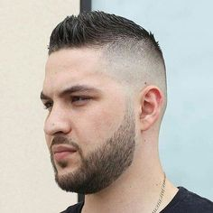 Looking for fresh faux hawk ideas? we have rounded up the best examples of fohawk fade cuts, long, short and other men`s faux hawk haircuts. Faux Hawk Men, Short Faux Hawk, Faux Mohawk, Faux Hawk Hairstyles, Cool Hairstyles, Classic Mens Hairstyles, Cool Haircuts, Haircuts For Men, Military Haircuts