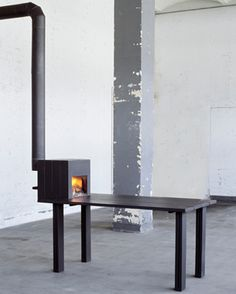 Stove Table by Reinier Bosch.  / kachel tafel door Reinier bosch http://www.reinierbosch.com/new/index.php/stovetable/
