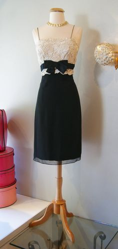Vintage 1960's Dress // 60's Casino by Carlye by xtabayvintage, $225.00