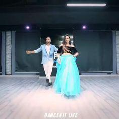 Ballet Dance Videos, Girl Dance Video, Hip Hop Dance Videos, Dance Music Videos, Dance Choreography Videos, Cool Dance Moves, Best Dance, Simple Dance Steps, Wedding Dance Video