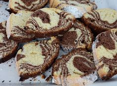 Chec pufos reteta simpla si traditionala pas cu pas Mcdonalds, French Toast, Muffin, Sweets, Breakfast, Desserts, Morning Coffee, Tailgate Desserts, Deserts
