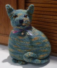 Free Crochet Cat Doorstop Patterns : 1000+ images about knitted doorstops on Pinterest ...