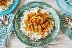 Create this Chicken Curry with Rice & Mangetout - an all time family favourite. We have made it quick and easy for you to knock-up in just six steps. Family Meal Planning, Family Meals, Curry Recipes, Rice Recipes, Mangetout Recipes, Sri Lankan Curry, Curry Chicken And Rice, Hello Fresh Recipes