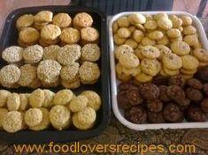 Basiese koekie mengsel Sugar Cookies Recipe, Yummy Cookies, Cake Cookies, Kos, Baking Recipes, Cookie Recipes, Biscuit Recipe, Sweet And Salty, Cookies Et Biscuits