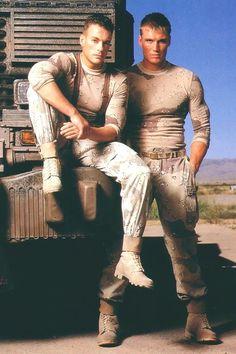 Soldado Universal ...Universal Soldier movie promo pic Dolph & Jean-Claude Van Damme 1992