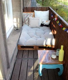 Top 30 Pallet Ideas for DIY Furniture for Your Home - DIY & Crafts # for # Ideas - Yasam Aygun - Dekoration - Balcony Furniture Design Small Balcony Decor, Diy Furniture, Home Diy, Neutral Living Room Furniture, Balcony Furniture, Home Decor, Diy Home Crafts, Pallet House, Apartment Decor