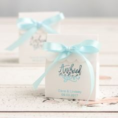 Personalized Scalloped Favor Box by Beau-coup