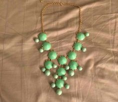 Statement necklace available for #swap on eDivv.com! #trade #DivvyIt