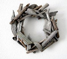 driftwood wreath! so cute