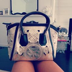 Michael kors bag outlet $39.9 for gift now,Repin and get it immediately.