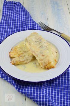 Pui in sos gorgonzola - CAIETUL CU RETETE Coleslaw, Fajitas, Cooking Recipes, Chicken, Food, Coleslaw Salad, Chef Recipes, Essen, Eten