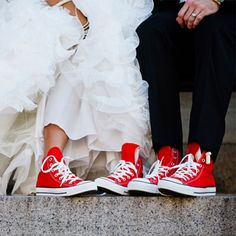 """Speciality Wedding Shoes to make your Guests """"Converse"""" Wedding Converse, Wedding Shoes, Life Images, New York Fashion, Shoe Bag, Sneakers, Collection, Design, Women"""