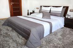 Prošívaný přehoz na manželskou postel v bílo šedé barvě Relax, Furniture, Home Decor, Colors, Homemade Home Decor, Home Furnishings, Decoration Home, Arredamento, Interior Decorating