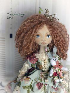 кукла ручной работы. красивая кукла. авторская роспись.