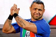 It's been 12 since Vince McMahon hand-picked Santino Marella out of a crowd in Milan, Italy to compete against Umaga! Wrestling Stars, Wrestling News, America's Got Talent Videos, Santino Marella, Wwe Pictures, Funny Expressions, Ufc Fighters, Vince Mcmahon, Wwe Tna