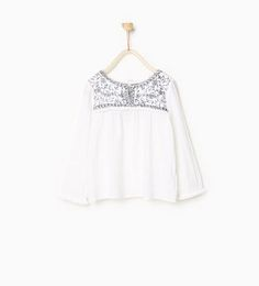 Raised embroidery blouse