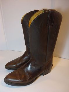 VINTAGE! Men's Wrangler Western Cowboy Boots 9 1/2 D Brown Leather USA MADE #Wrangler #CowboyWestern