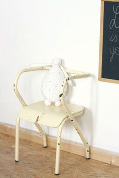 vintage chair for kids
