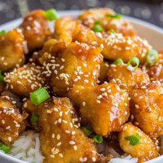 With this recipe for Better-Than-Takeout Honey Sesame Chicken, you can make Chinese food that is tastier than the restaurant version in the comfort of your own home. It's an easy baked chicken recipe that will satisfy everyone's food cravings. Baked Sweet And Sour Chicken Recipe, Baked Honey Garlic Chicken, Healthy Sesame Chicken, Honey Sesame Chicken, Easy Baked Chicken, Sauce For Chicken, Baked Chicken Recipes, Asian Chicken, Orange Chicken