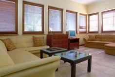 Apartamenty Prestiż Boutique Hotels, Couch, Furniture, Home Decor, Settee, Decoration Home, Sofa, Room Decor, Home Furnishings