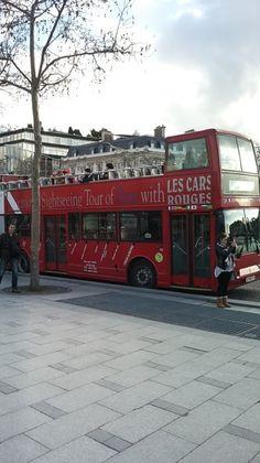 Parigi, oltre ad essere una splendida città possiede un servizio metro ed i mezzi pubblici molto efficienti, che consentono di giungere velocemente, in ogni zona della città. L'uso dei