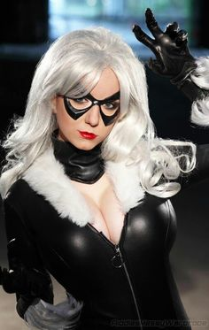 Character: Black Cat / From: MARVEL Comics 'The Amazing Spider-Man' / Cosplayer: Riki LeCotey (aka Riddle's Messy Wardrobe)