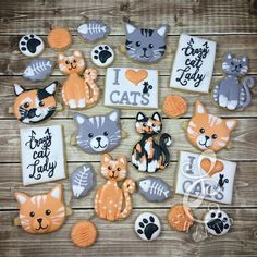 cat cookies More and like OMG! get some yourself some pawtastic adorable cat apparel! Cat Cookies, Fancy Cookies, Cut Out Cookies, Custom Cookies, Cookies Et Biscuits, Cupcake Cookies, Sugar Cookies, Kitten Party, Cat Party